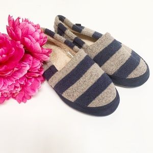Shoes - Women's REI Slippers